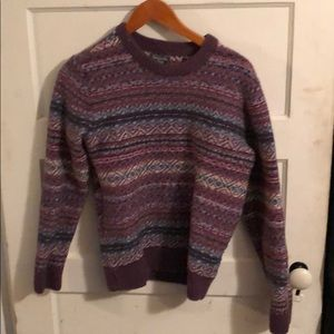 Abercrombie & Fitch Men's sweater. Size small